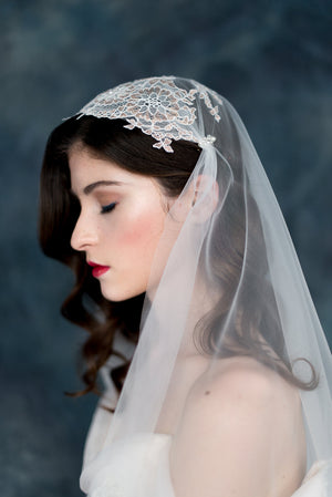 Rose Gold Ivory Bridal Juliet Cap Veil - Handmade in Toronto - Blair Nadeau Millinery - Whitney Heard Photography