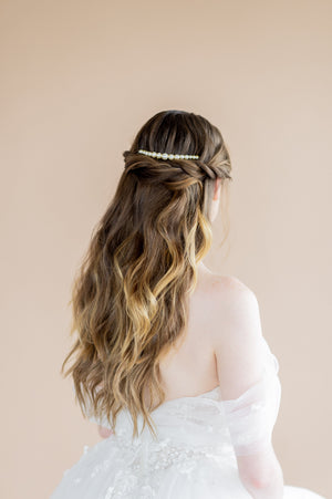 gold large oversized swarovski ivory pearl bridal hair comb - blair nadeau bridal adornments - handmade in toronto ontario canada - whitney heard photography