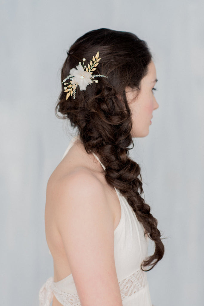 KAYLEIN Gold Floral Hair Comb