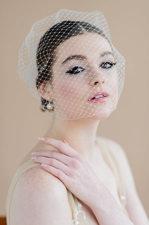 ivory birdcage bandeau style bridal veil with pearl combs - made in toronto ontario canada - blair nadeau bridal adornments - whitney heard photography