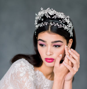 AUSTINE Statement Halo Bridal Tiara (More Colours)