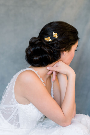 Gold Daisy Leaf Bridal Hair Pin Set of 2 with Pearls - Handmade in Toronto Ontario Canada - Blair Nadeau Bridal - Whitney Heard Photography