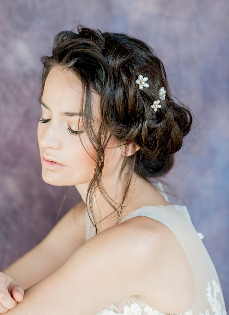 Ivory Freshwater Pearl Flower Hair Pin Set - Handmade in Toronto Canada - Blair Nadeau Bridal Adornments - Whitney Heard Photography