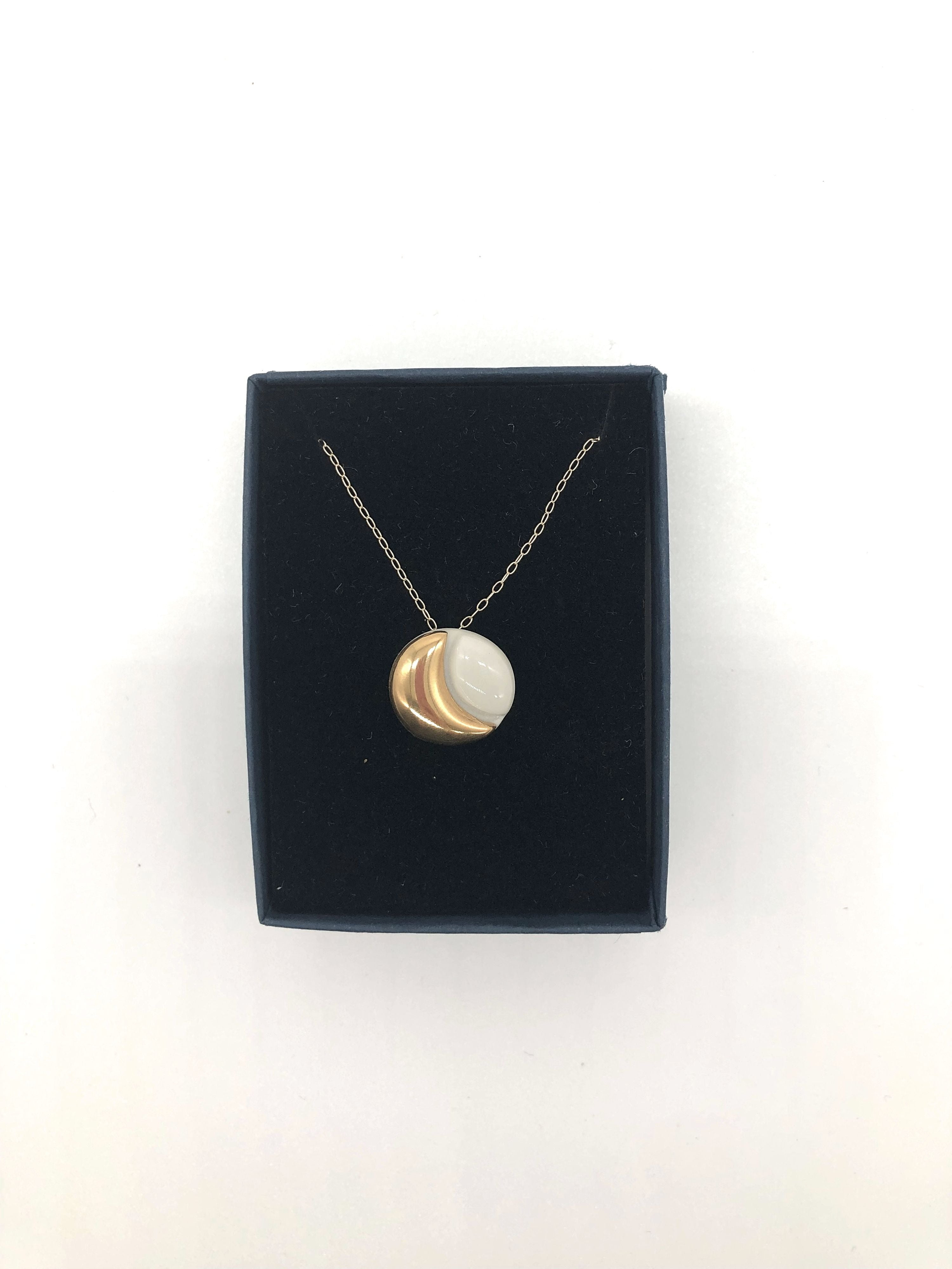 Danu Circle Moon Necklace (White)