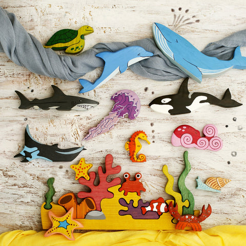 Handmade Heirloom-Quality Hardwood Ocean Animals Coral Reef Puzzle Toys