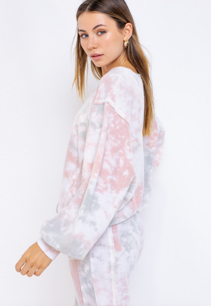 LONG SLEEVE TIE DYE RAW EDGE OVERSIZED TOP