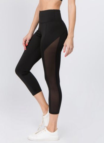 Women's Active Mesh Side Workout Capri Leggings with Pocket. Black.