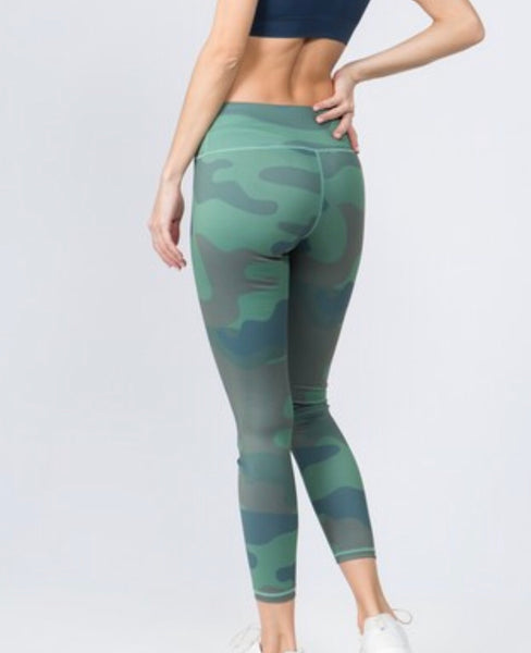 Women's Active High Rise Camouflage Leggings with Pocket