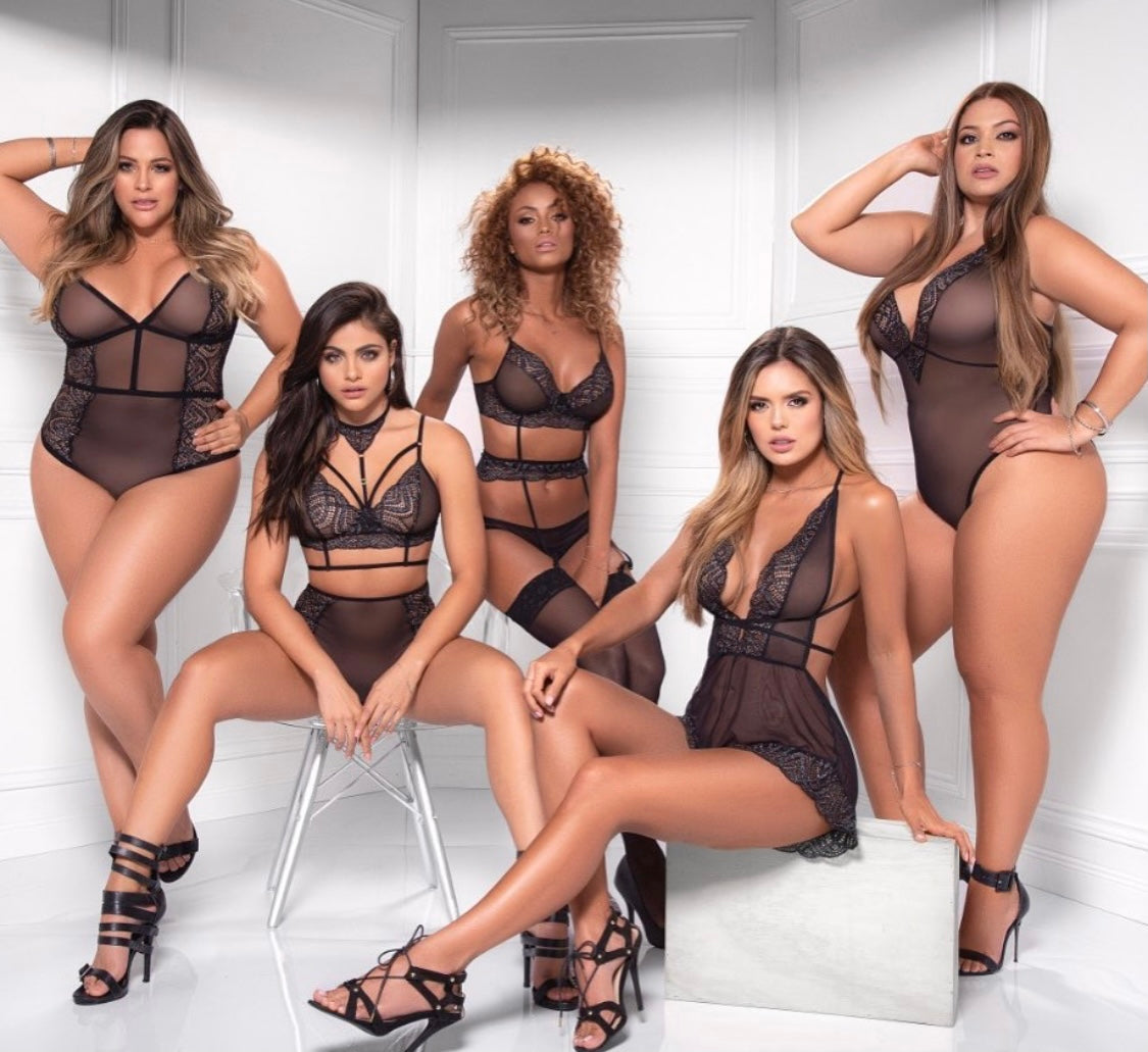 we sell corsets, bodysuits, lingerie sets, plus size lingerie ! we have spicy lingerie for lingerie party or lingerie photo shoot! we are sizes small- 3X plus size lingerie sets you adore memphis . we better than all lingerie on amazon!
