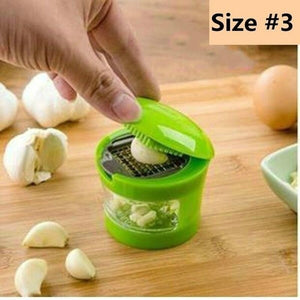 New Style Mashed Garlic Tools Press Garlic Press Slicer Kitchen Chopper Grinder Presser Tool Garlic Ginger and Onion Crusher Garlic Cuber Maker Garlic Mincer Grinder Garlic Peeler Press (random Color)