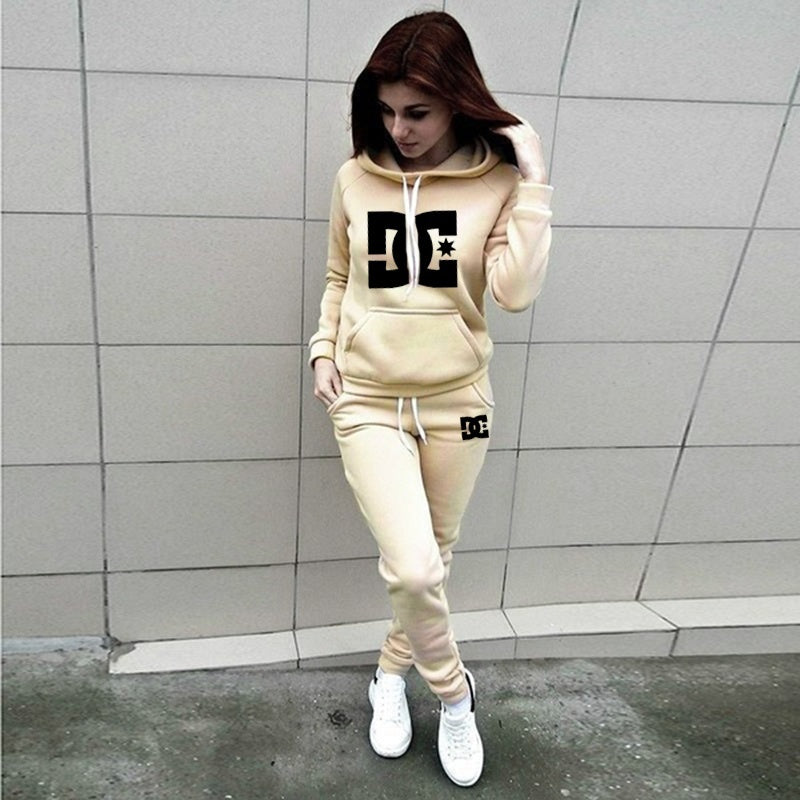 Women Sports Suits Two Piece Suits Lady Long Sleeve Sportsuits Fashion Hooded Sweatshirts Long Pants Jogging Suit