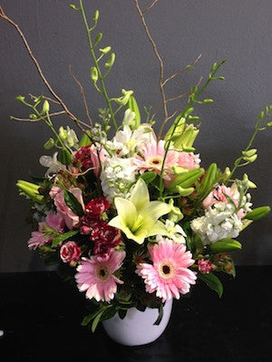Pretty Flower Arrangement