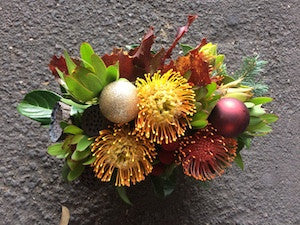 Native festive arrangement