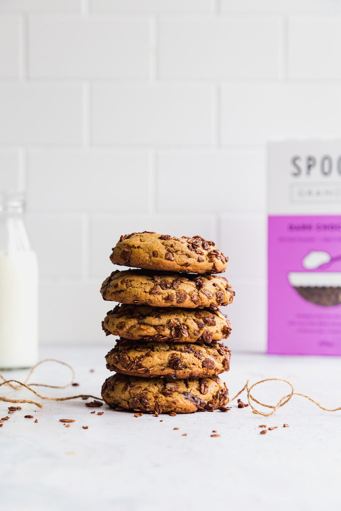 Chewy Chocolate Granola Cookies