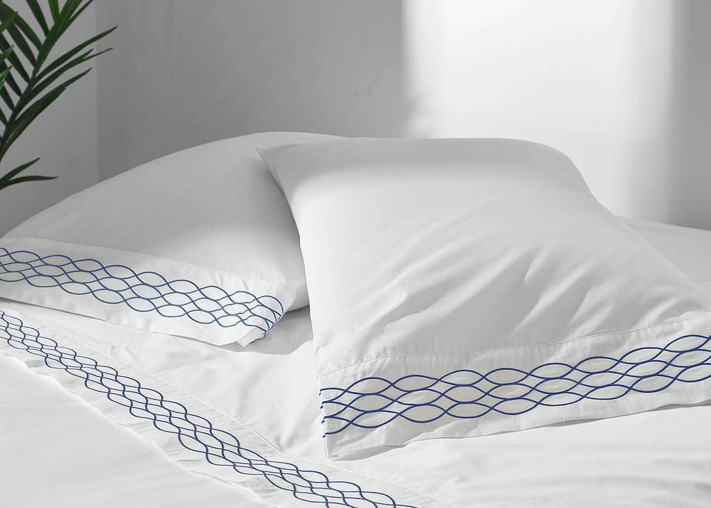 100% Supima Cotton, 400 Thread Count Percale Ogee Embroidered Hem - Veri Vera