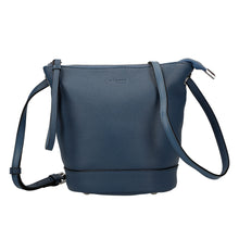 Load image into Gallery viewer, Shrink Leather Shoulder Bag