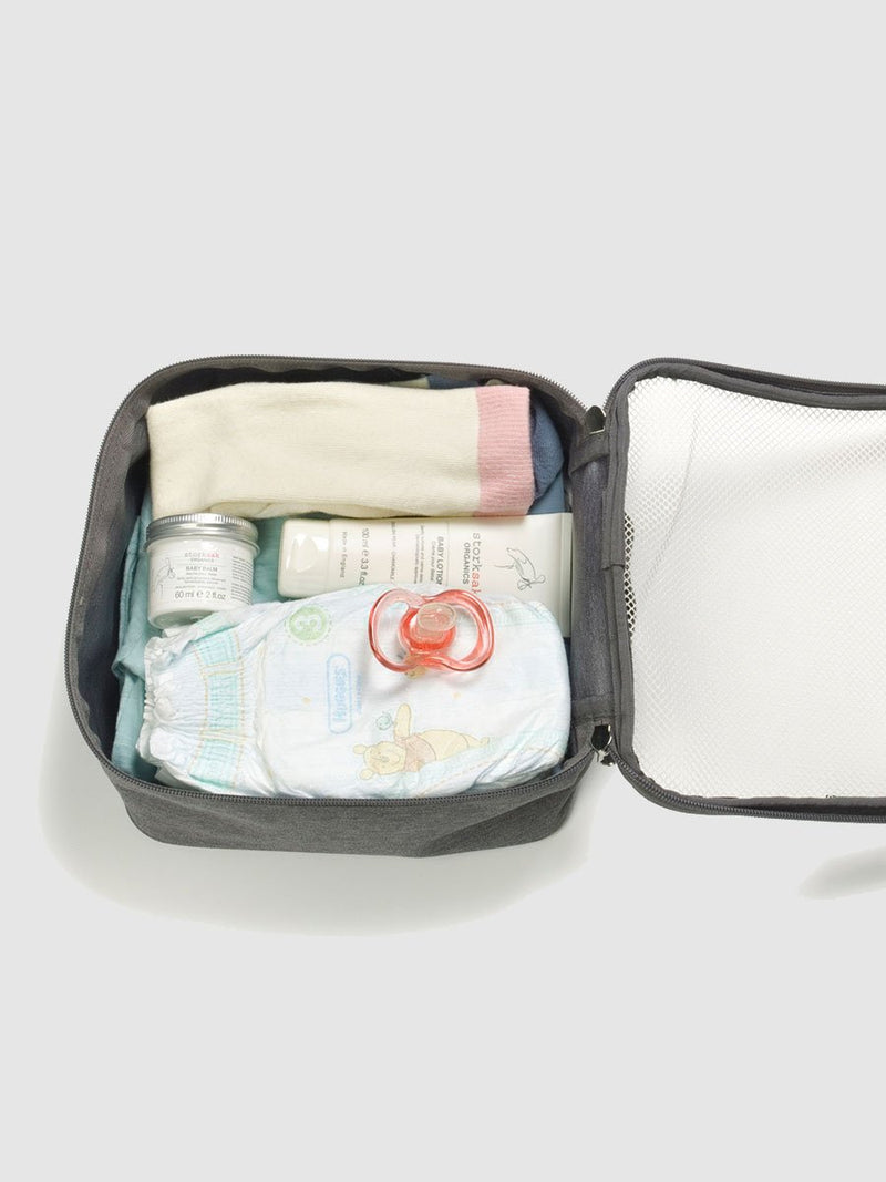 storksak travel cabin carry-on grey, hospital bag, packing block with baby items inside