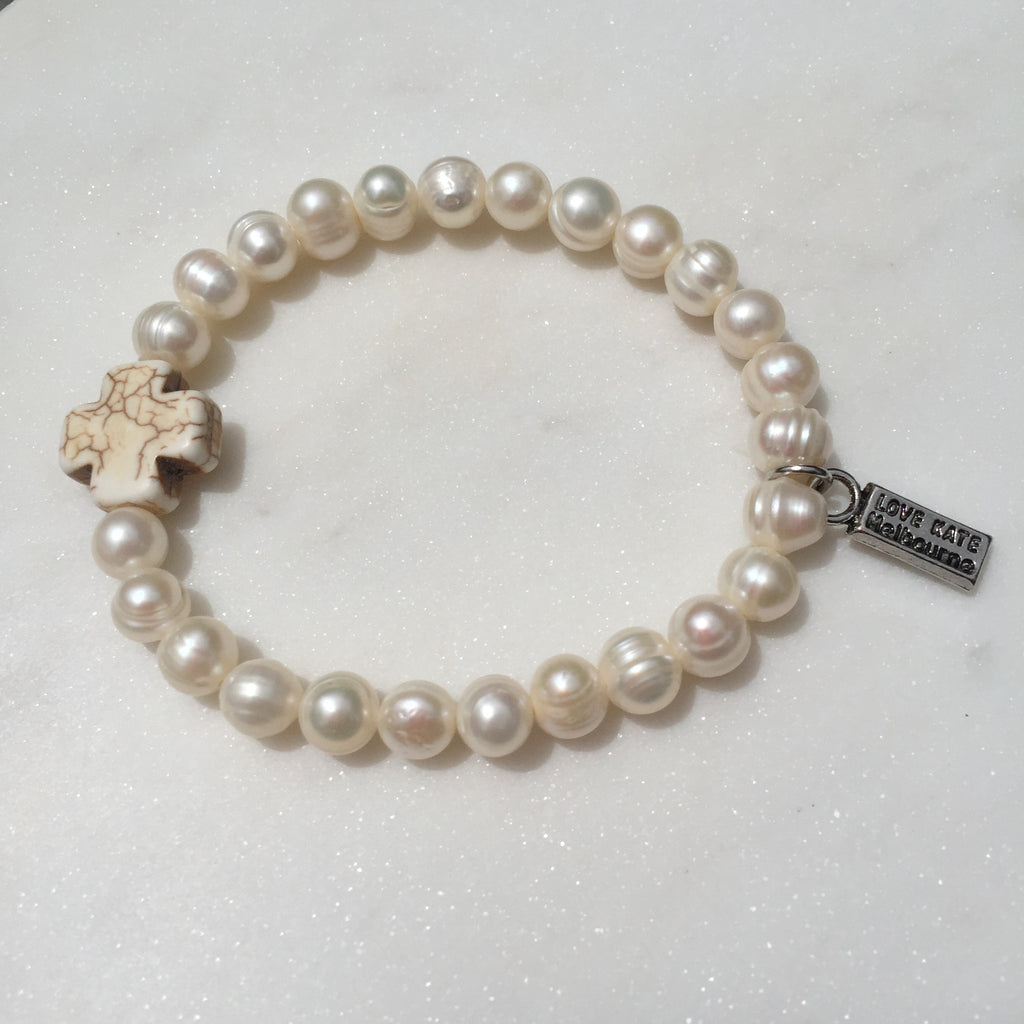 Fresh Water Pearl and Ecru Maltese Cross Stretch Bracelet