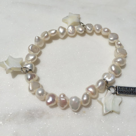 Fresh Water Pearl and Trio Natural Seashell Stars Charm Stretch Bracelet