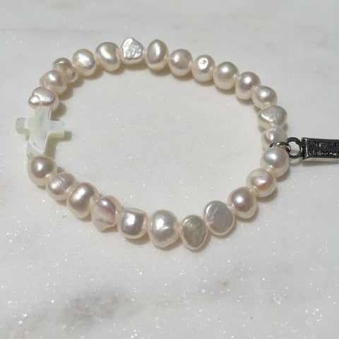 Fresh Water Pearl and Natural Seashell Cross Charm Stretch Bracelet