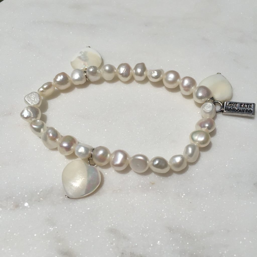 Fresh Water Pearl and Trio Natural Seashell Hearts Charm Stretch Bracelet