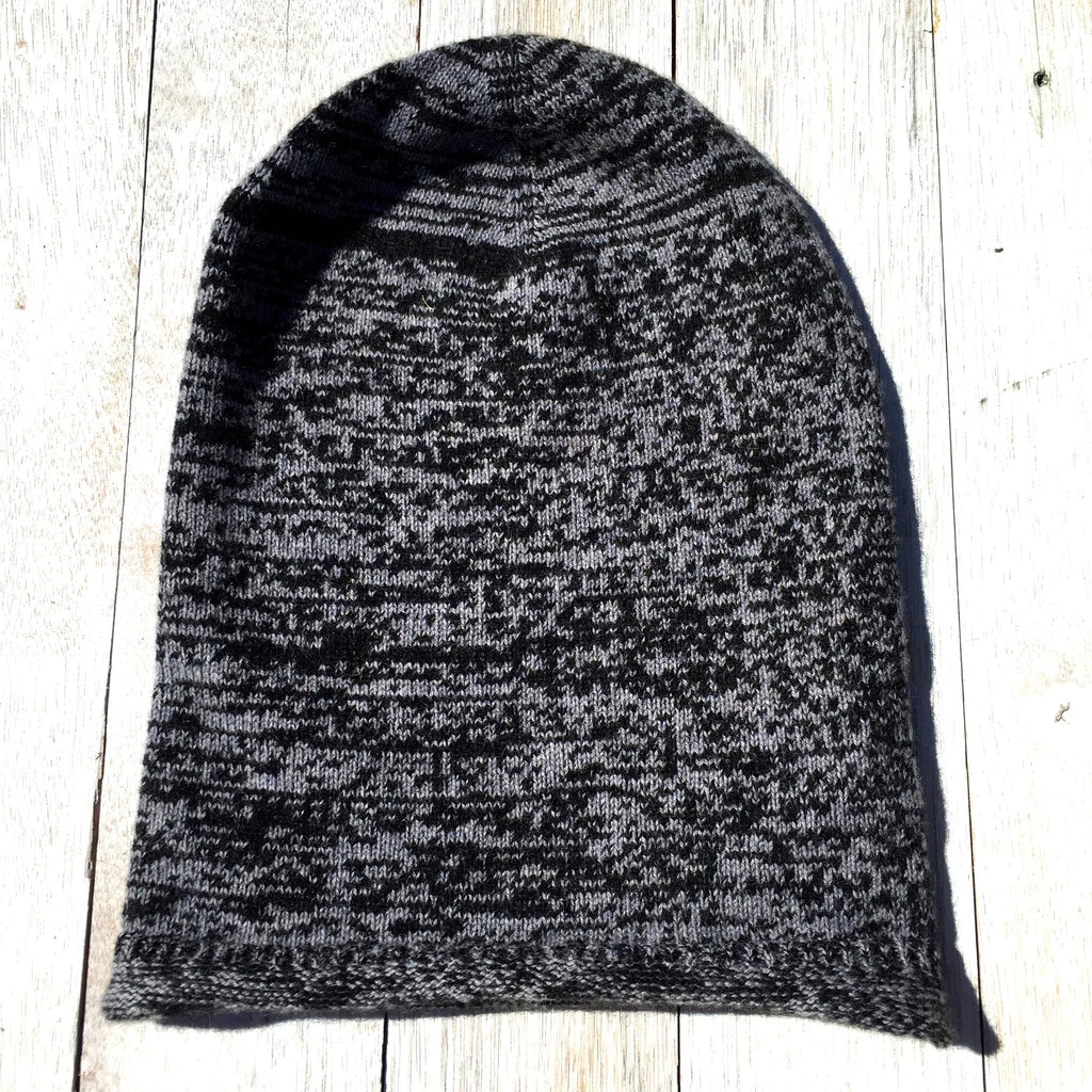 Brooklyn Roll Beanie, 100% Pure Cashmere, Melange Black and Grey