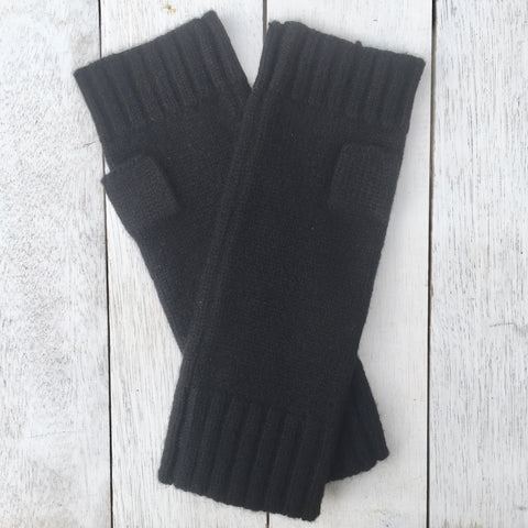 Gotta Hand it to YOU Pure Cashmere Fingerless Glove - Jett Black