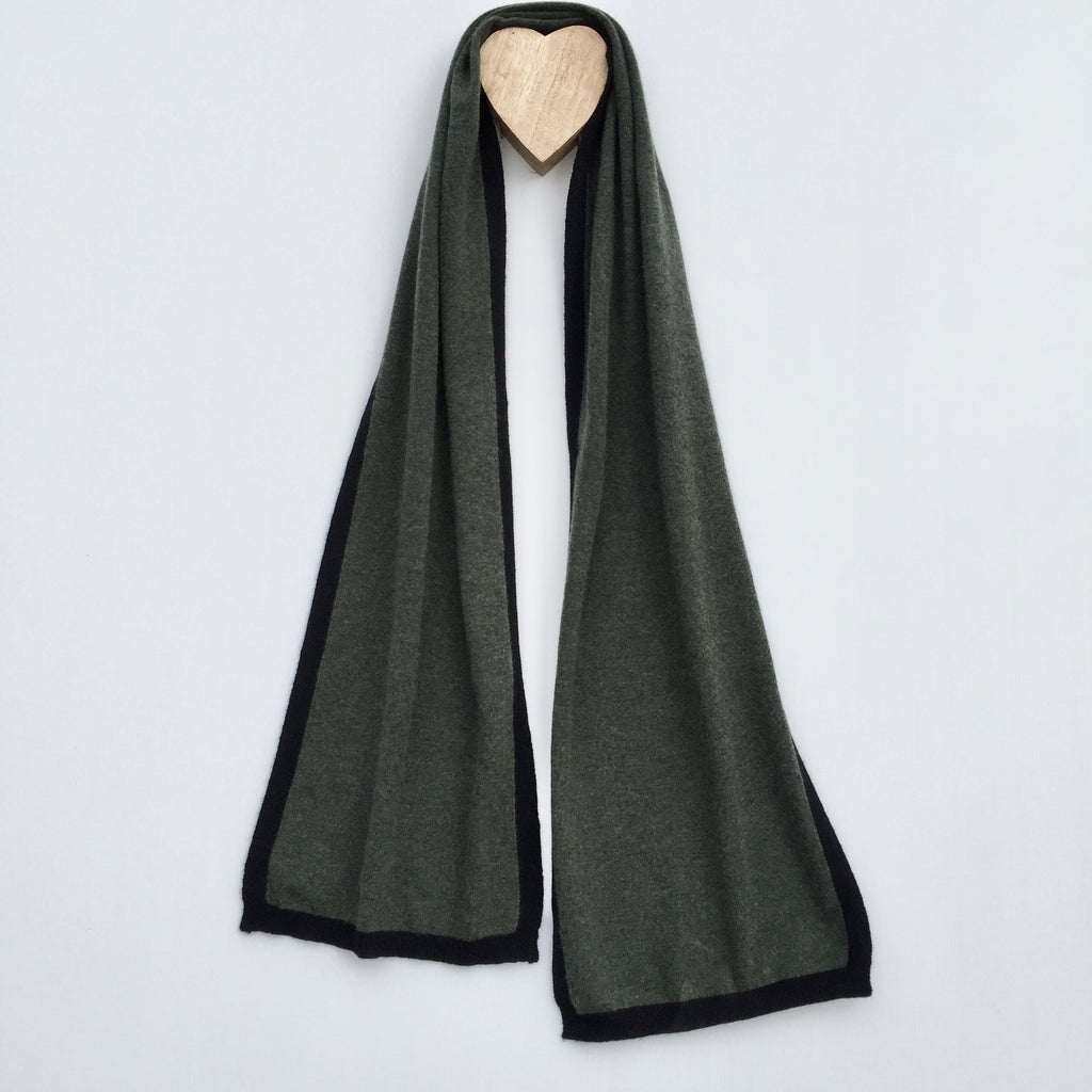I'm WRAPPED Cashmere Border Scarf - Martini Olive