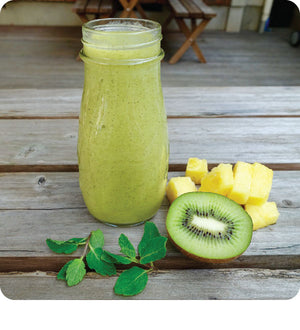 Zesty Kiwi Pineapple Smoothie