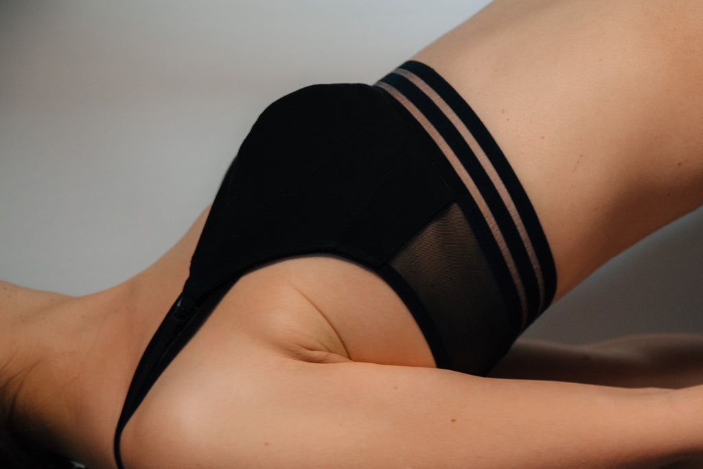 Side view of the sylish and sustainable branayama nursing bra that can replace nursing pads