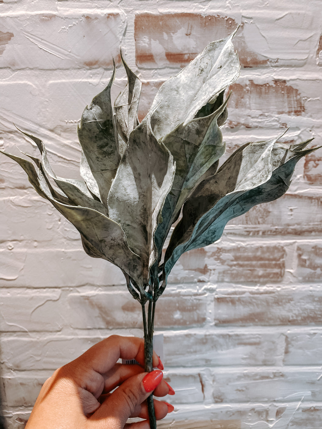 Frosted Leaf Vase Filler