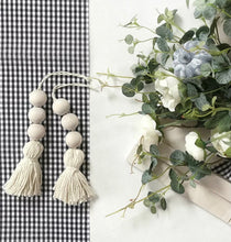 Load image into Gallery viewer, Wooden Bead Tassel