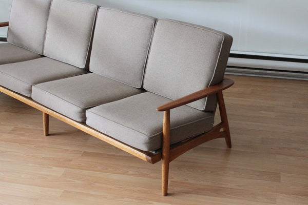 Sofa in the Style of Grete Jalk
