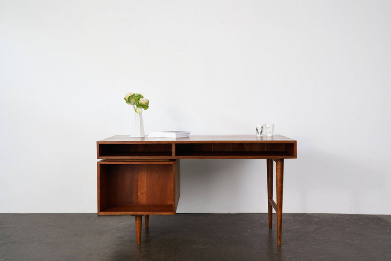 Scandinavian Partner's Desk (Pre-Order) - Journey East