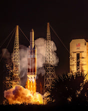 Load image into Gallery viewer, Delta IV Heavy Takes Flight