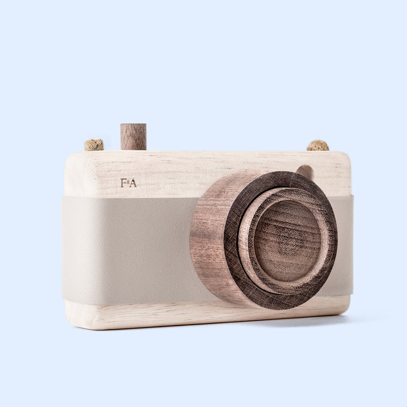 Wooden Camera - Grey Lilacs