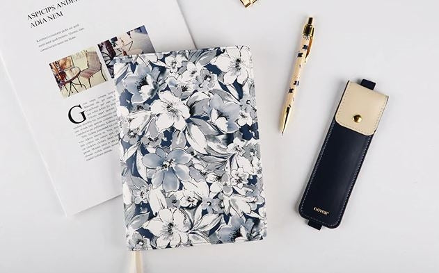 Gray Flower Notebook set