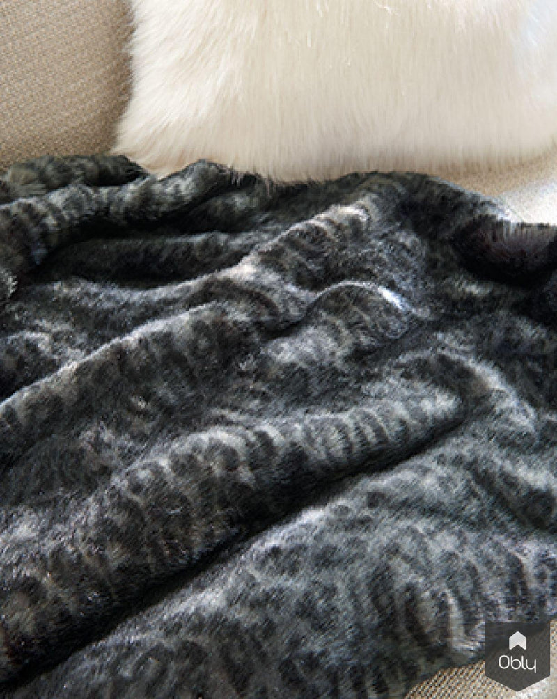 Faux fur collectie Husky - Zinc Textile-The Romo Group Nederland-alle, Woonkamer-OBLY