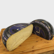Load image into Gallery viewer, Truffle Gouda 100-120g