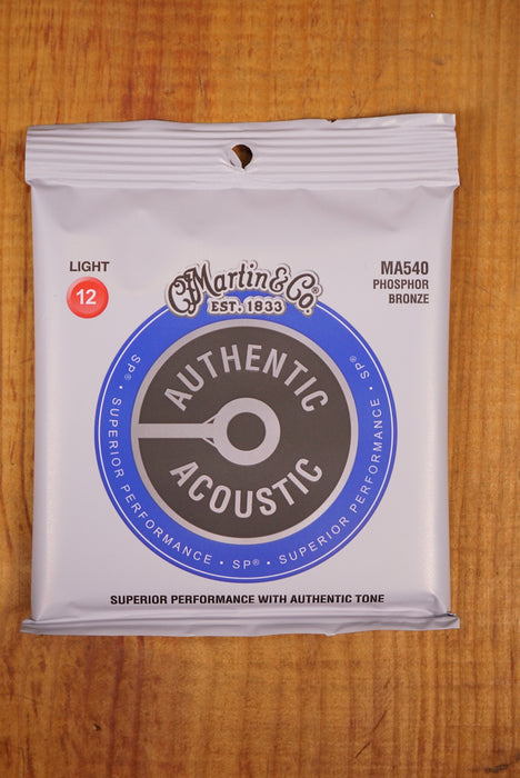 Martin Authentic MA540 Phosphor Bronze Light 12