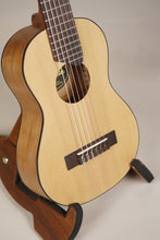Load image into Gallery viewer, Yamaha GL-1 Natural Guitalele with Gig Bag