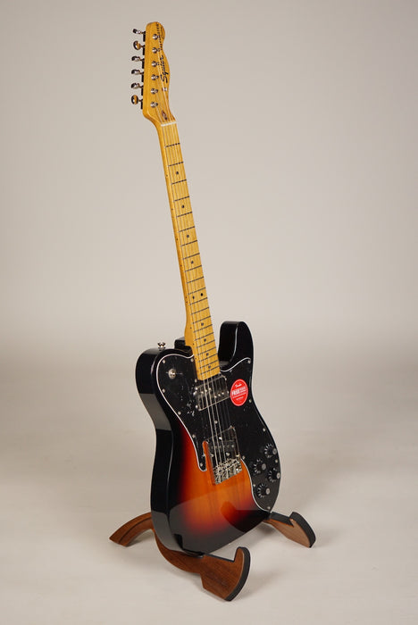 Squier CLASSIC VIBE '70S TELECASTER® CUSTOM Maple Fingerboard, 3-Color Sunburst