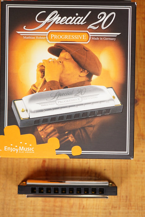 Hohner Special 20 Harmonica
