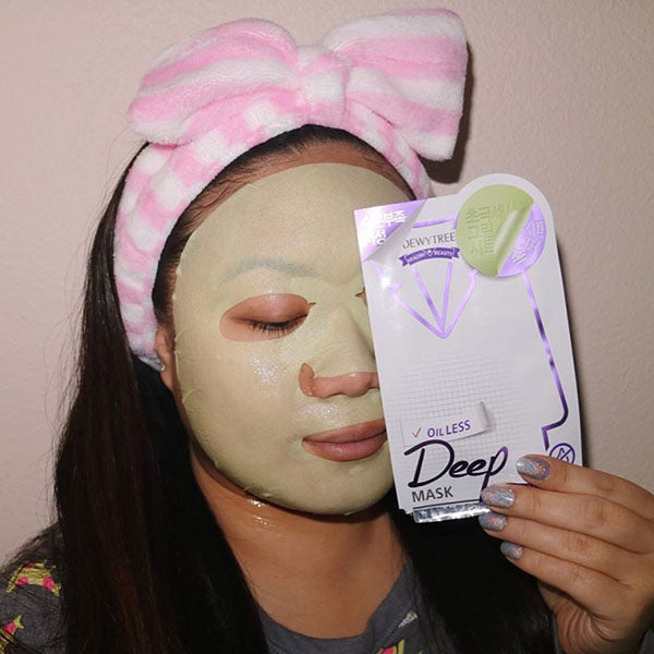 Dewytree Oilless Deep Aqua Mask wearing - M Review 74
