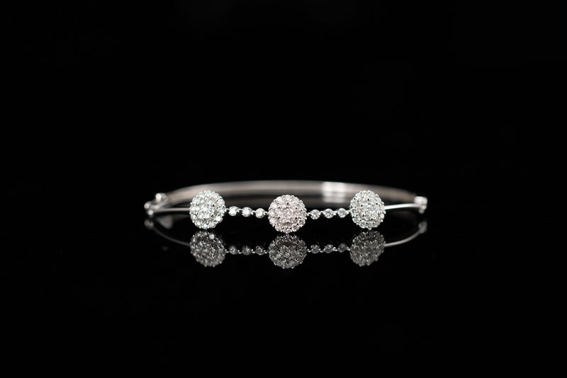 18K White Gold Bangle with Diamonds