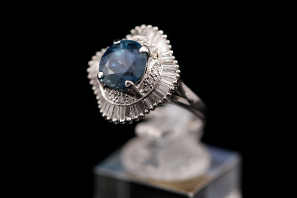 Diamond & Sapphire Platinum Ring (Unheated)