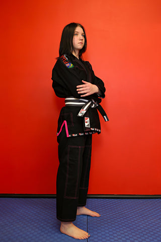 "10405700 BJJ Kids Fuji Pro ""ORIGINS"" Black Gi with Pink Stitch"