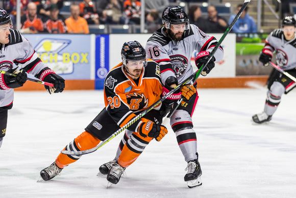 Game Worn 2019-2020 Orange Komets Jersey - #20 STEPHEN BAYLIS