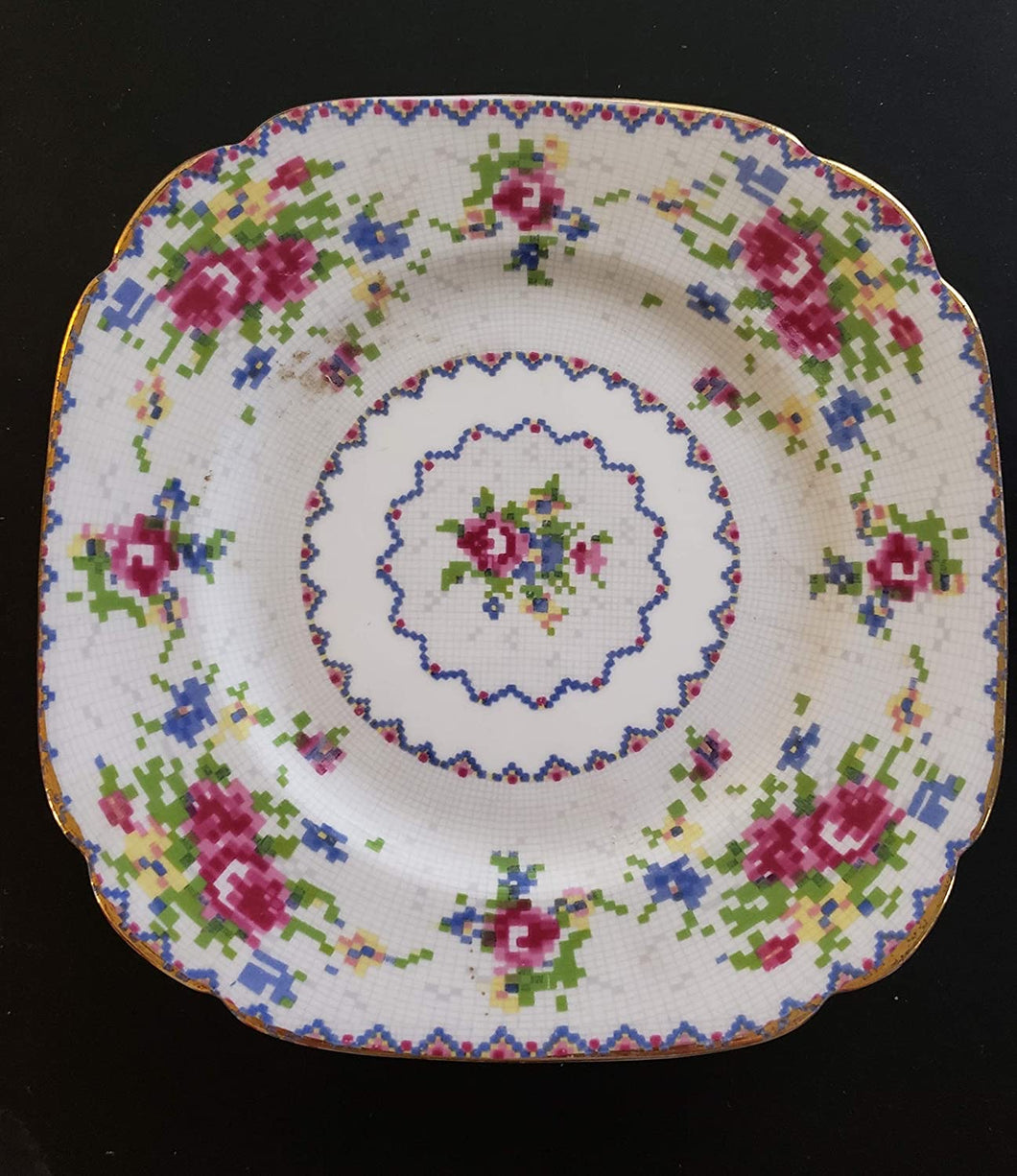 Royal Albert Petit Point 6-inch Bread & Butter Plate. Made in England