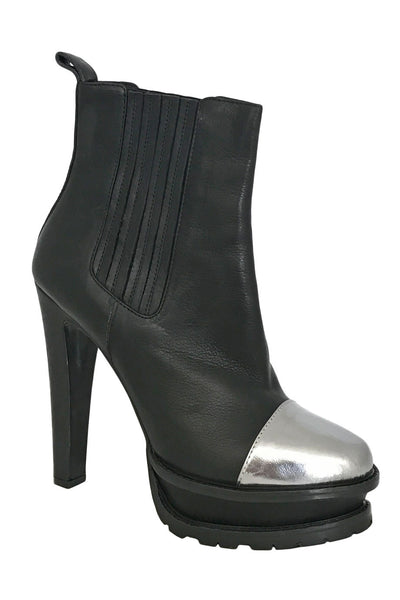 Etro Black + Silver Leather Cap Toe Ankle Booties / Sz 39